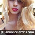 Jeune transexuel aimant baiser