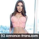 Shemale top model brésilienne pour débutant proche Paris