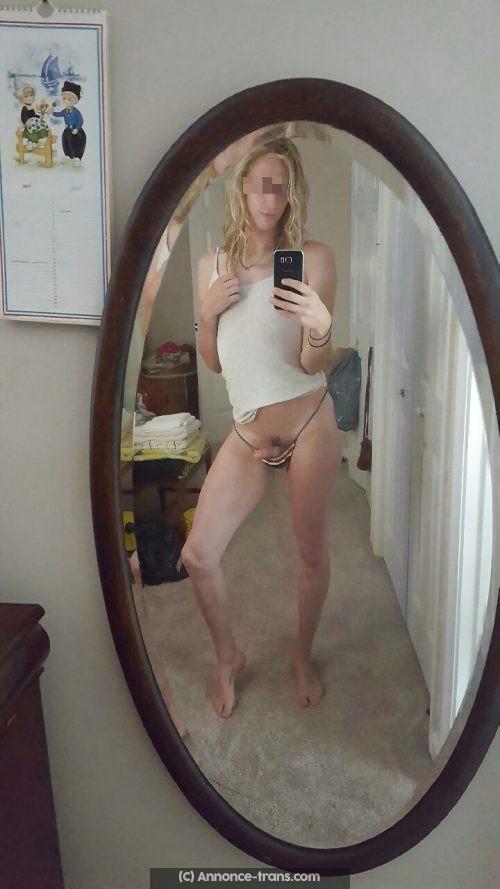 Transexuel blonde sans tabou