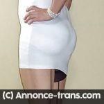Travestie aimant la soumission et le BDSM